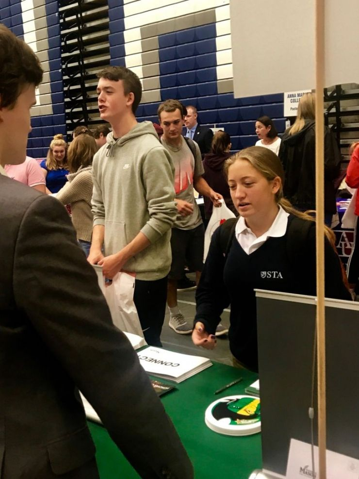 St. Thomas Aquinas High School student attends the UNH College Fair